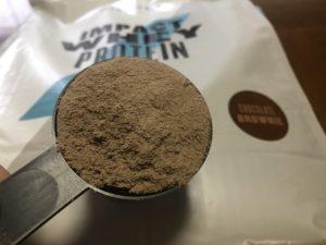 マイプロテインのチョコレートブラウニー味レビュー